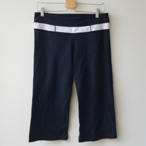 Lululemon Sz 10 Crop Capri Leggings Wunder Under